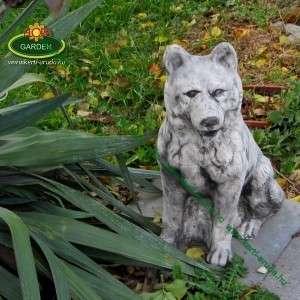 Farkas kutya szobor