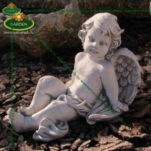 Modern angyal szobor