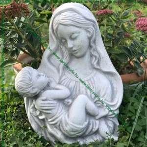 Mária gyermekével