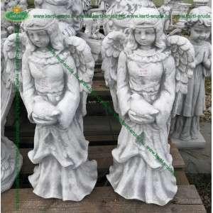 Béke angyala szobor