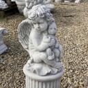 Műkő angyalka mackóval