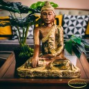 Bhumisparsha kéztartású Buddha
