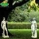 Ádám és Éva szobrok