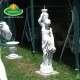 korsós nő  kerti szobor
