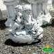 Gyermekek a kövön kerti szobor