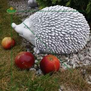 Kerti dísz szobor óriás sün