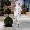 Női szobor vízöntő