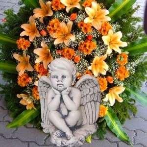 Kültéri dekoráció angyal kőből