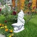 Kerti törpe talicskás virágtartóval
