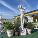 Nő szobor csobogó nyújtózkodó